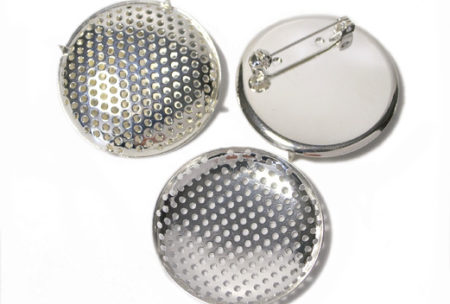 40mm sieve brooch